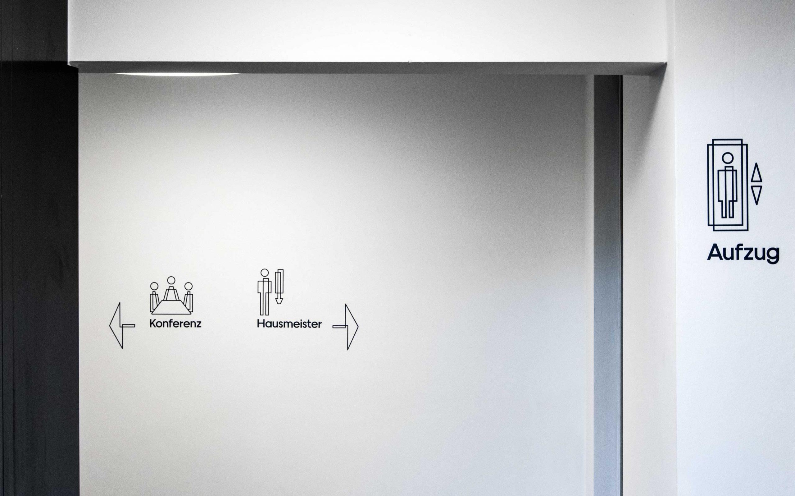 Etagenkennzeichnung für das Rechenzentrum der Finanzverwaltung des Landes Nordrhein-Westfalen | Piktogramme | Keywords: Etagenkennzeichnung, Signaletik, Leitsystem, Orientierungssystem, Design, Grafikdesign, Typografie